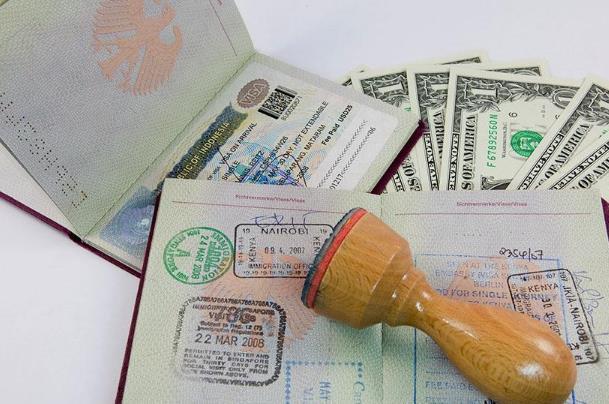 出国签证需要多少钱?
