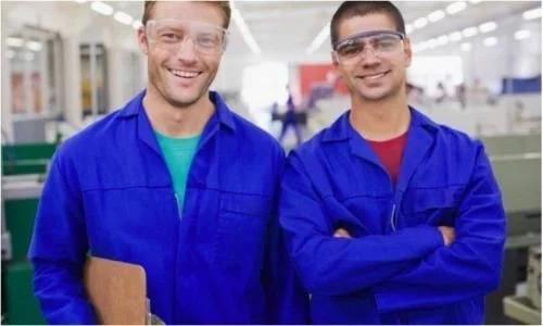 出国劳务是为了挣更多的钱,一定要擦亮双眼